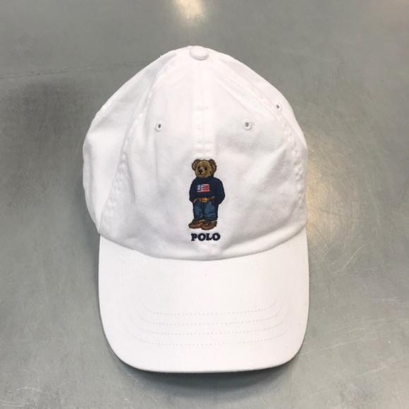 7418c9c6b01e3 Vintage white Ralph Lauren polo bear hat. M 5adf5fb731a3765215b6672a